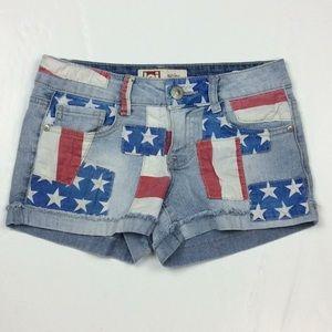 LEI Ashley Low Rise Patriotic Patches Shorts Sz 1
